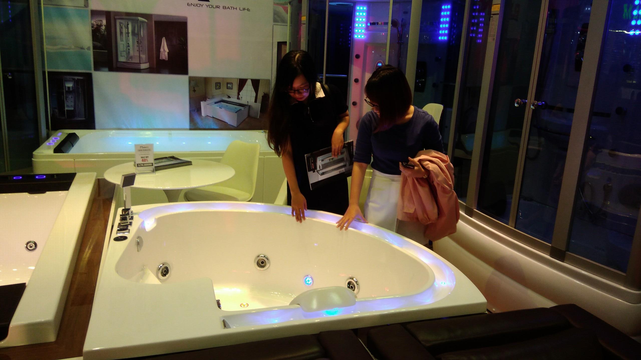 phòng tắm massage cao cấp