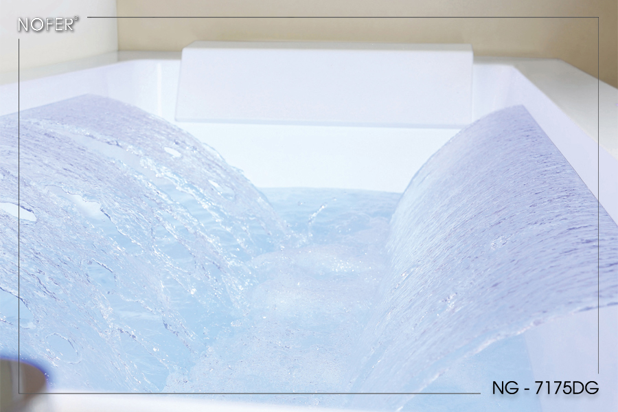 Thác nước hoạt động của bồn tắm NG-7175DG